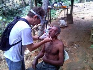 EJA Sorridente atende Quilombo do Camburi