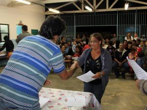 Prefeitura autoriza ligação de água no Sesmaria