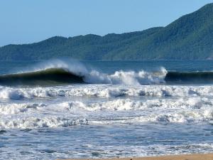 Circuitos da Federação Paulista de Surf terminam em Ubatuba