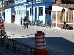 Prefeitura instala novo bicicletário na Santa Casa