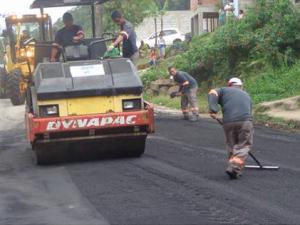 Estrada de ligação Monte Valério – Rio Escuro recebe recapeamento