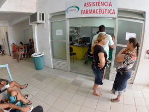 Prefeitura distribui remédios para 2 mil pessoas diariamente
