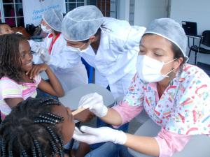 Dentistas voluntárias representam Ubatuba no evento Sorriso do Bem
