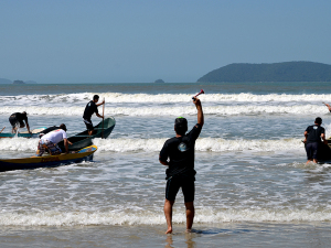 Ubatumirim recebe segunda etapa do Circuito de Standup e Canoa Caiçara