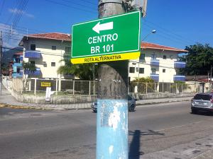 Prefeitura orienta turistas sobre rota alternativa recapeada