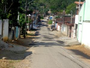 Prefeitura executa serviços de infraestrutura nos bairros mais afastados do centro
