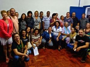 Reunião na FundArt debate constituição da Cooperativa de Artesãos e Costureiras