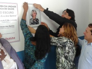 Cerimônia marca entrega da unidade de saúde do Rio Escuro reformada à população