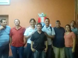 Prefeito Mauricio recebe representantes da Sociedade Amigos do Bairro do Ipiranguinha