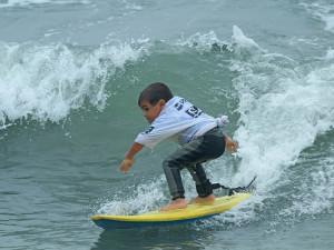 Campeões do Festival Estudantil de Surf fazem a festa