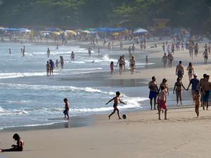 Copa do Mundo abre as portas e turistas estrangeiros descobrem Ubatuba