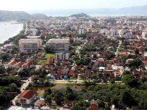 Mercado imobiliário vai na contramão da crise e cresce em Ubatuba