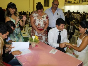 """Prefeitura abre inscrições para mais uma edição do """"Casar em Ubatuba"""""""