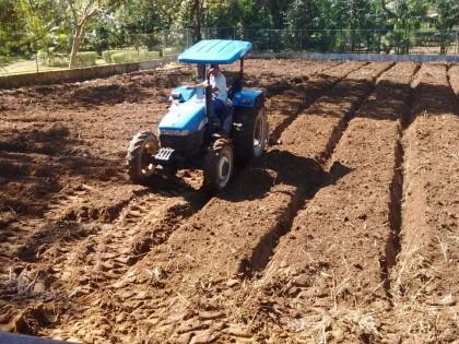 Prefeitura realiza cadastro de agricultores para serviço de máquinas agrícolas
