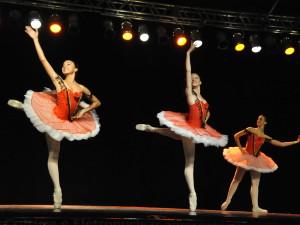 Festival Dança Ubatuba começa nesta quinta-feira no Centro de Convenções