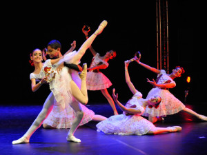 Centro de Convenções sedia neste mês Festival Dança Ubatuba