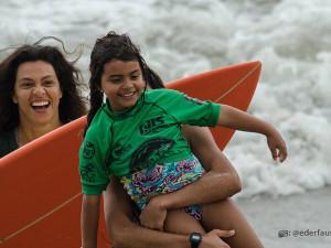 Circuito Estudantil de Surf integra alunos e famílias em Ubatuba