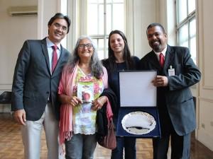 Prefeito Mauricio recebe prêmio Josué de Castro