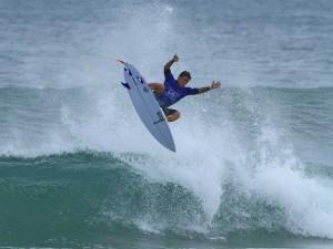 Campeão paulista de surf 2016 será definido em Ubatuba