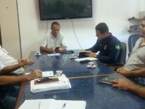 Prefeitura e PRF firmam convênio modelo para unificação de pátio veicular