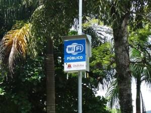 Prefeitura garante 13 praças de Wi-Fi livre e gratuito para a população