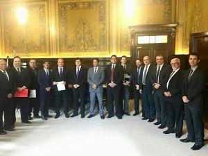 Prefeito de Ubatuba e comitiva buscam ainstalação da 4ª Vara Judicial para o município