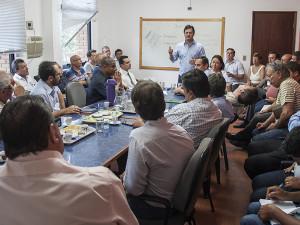 Reunião abre primeiro dia do novo governo de Ubatuba