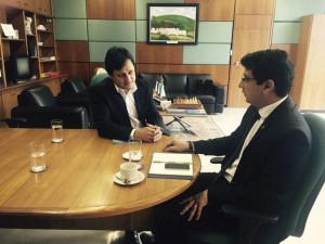 Prefeito Sato reúne-se com secretário Nacional da Pesca