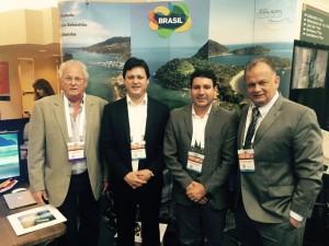 Ubatuba tem representantes em feira internacional de cruzeiros marítimos
