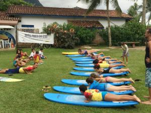 Projeto Surf nas Escolas deve retornar em duas semanas