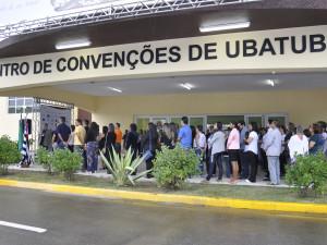 Prefeito Sato entrega Centro de Convenções de Ubatuba revitalizado