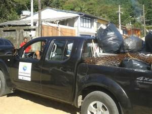 Ação de limpeza marcou o domingo na Região Norte de Ubatuba