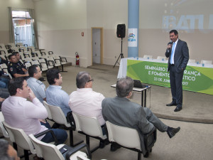Seminário de Segurança e Fomento Turístico aborda importância de trabalho integrado no município