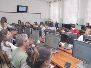 Ubatuba promove capacitação em software de informações georreferenciadas