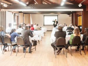 Sato destaca importância da proximidade entre empresa e setor público durante evento