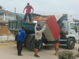 Mutirão na Estufa II retira 300 metros cúbicos de lixo