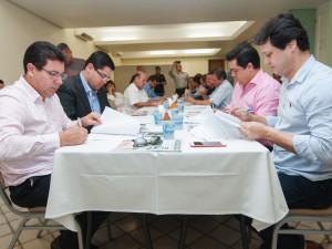 Prefeitos assinam protocolo de intenções para formalizar Circuito Litoral Norte Paulista