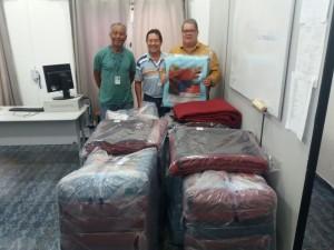 Cidadania e Desenvolvimento Social recebe doações de 65 cobertores da SABESP