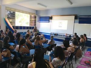 Secretaria de Educação promove formação para professores do Berçário II