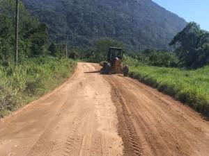 Regiões de norte a sul de Ubatuba recebem serviços de manutenção e zeladoria