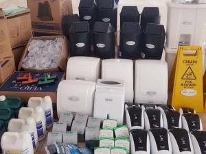 Centro de Capacitação Profissional de Ubatuba recebe doação de materiais de limpeza