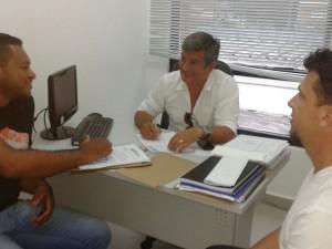 Prefeitura e Associação Quilombola da Caçandoca estabelecem parceria para recuperar pontes