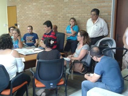 Prefeitura de Ubatuba se reúne com associação de pais de autistas