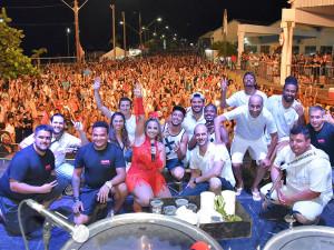 Carnaval de Ubatuba atraiu mais de 50 mil pessoas para o Perequê-Açu