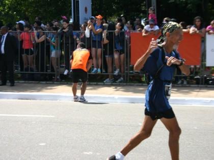 Atleta de Ubatuba fica em 9º lugar na Maratona Internacional de São Paulo