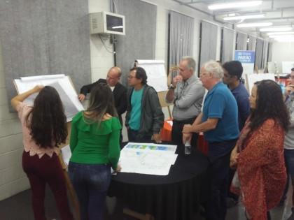 Alunos de Arquitetura da Anhanguera Educacional de Taubaté apresentam projetos para Ubatuba