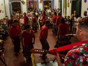 Projeto em Ubatuba promove valorização do fandango caiçara