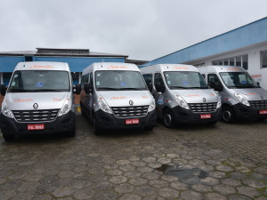 Saúde de Ubatuba tem novas vans para transporte de pacientes