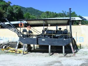 Prefeitura de Ubatuba comemora entrega de licenças para dragagem da foz do Rio Maranduba