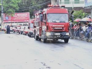 Prefeitura de Ubatuba e Corpo de Bombeiros oficializam entrega de viaturas